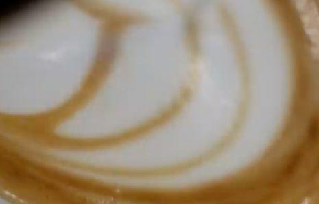 A Friss Kávé Illata! – Rövid Reklámfilm